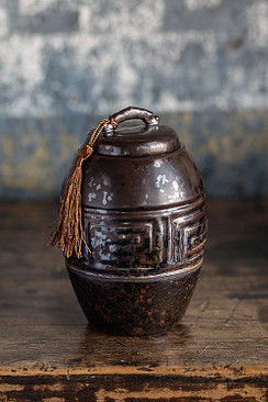 Ancientry Pot with Brown Tassle