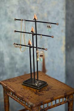 Arrow Jewelry Display