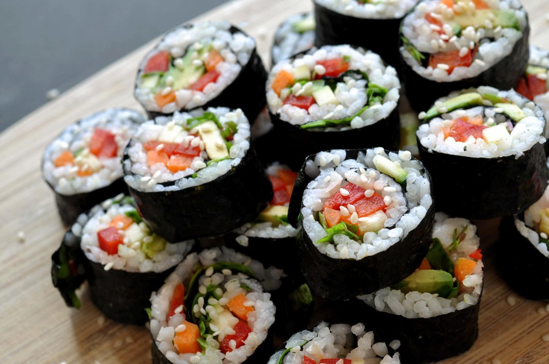 vegetarian-picnic-foods-easy-sushi