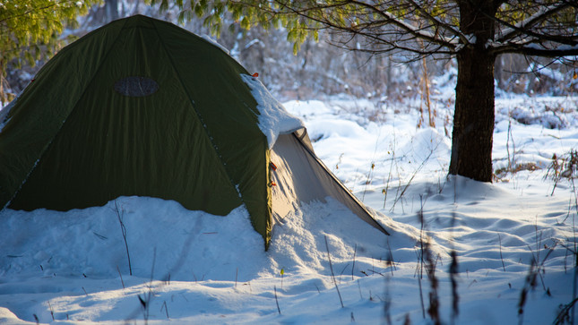 5 ways to stay warm while winter camping