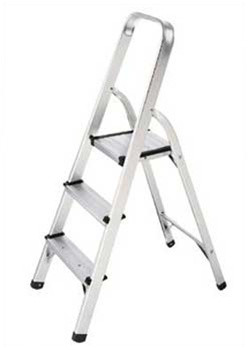 Get the upper hand on household chores in high places with this 3-Step Aluminum Step Stool. Lasting durability combined with light-weight design gives you great height and stability, yet is easy to set up, transport and stow. It's the perfect platform for simple tasks that were previously out-of-reach.