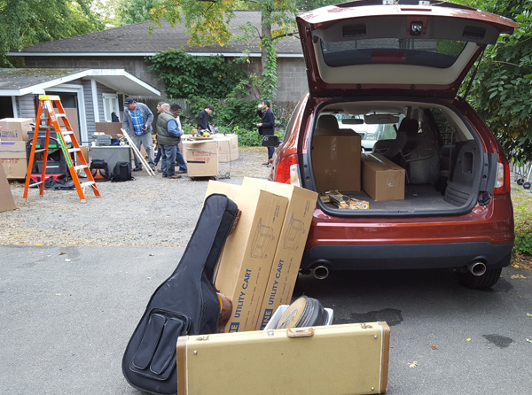 Unloading Instruments On-Set