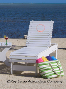 Outdoor Patio Chaise Lounge - Clam Shell