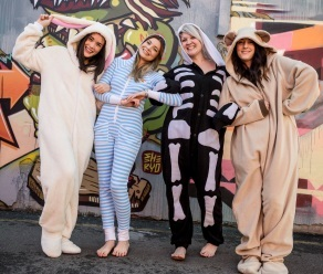4ae9f2583eb7 There is some speculation as to whether this craze is just another fad or  here to stay. The dedicated wave of Onesies Australia fans are certainly  hoping ...