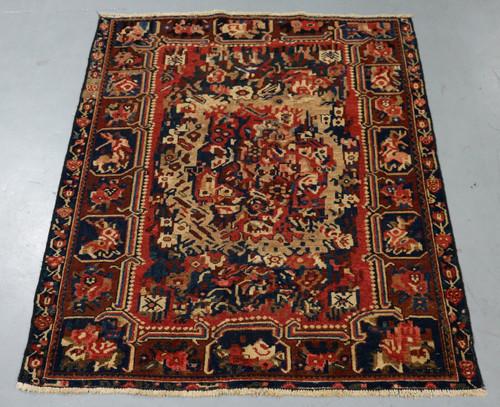Bakhtiari Vintage Persian Rug (Ref 2) 187x153cm