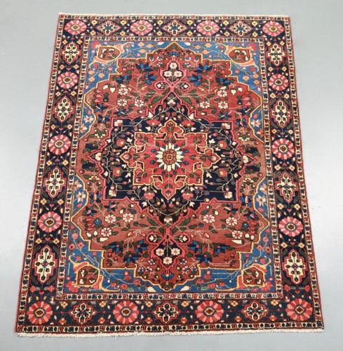 Bakhtiari Vintage Persian Rug (Ref 259) 202x148cm