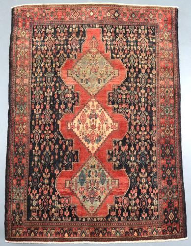 Senneh Vintage Persian Rug (Ref 82) 200x139cm
