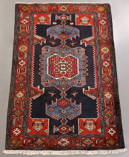 Zanjan Persian Rug (Ref 40726) 195x130