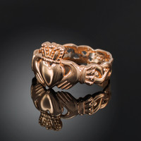 Rose gold ladies classic claddagh ring.