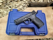 Smith & Wesson M&P9 9mm with a Manual Safety. 306601