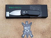 Pro-Tech Runt 5 in Black with a Stone Washed Wharncliffe Blade