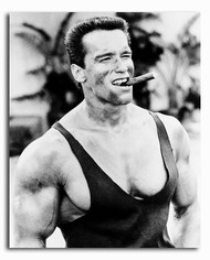 (SS162214) Arnold Schwarzenegger  Commando Movie Photo