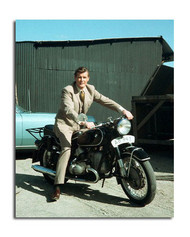 Roger Moore Movie Photo (SS3645343)