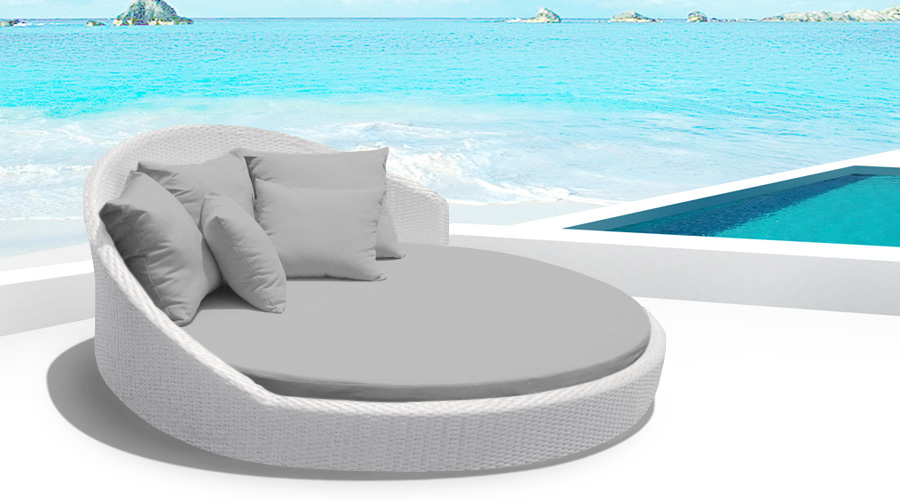 Modern Outdoor Patio Furniture, Dining Sets, Contemporary Sectional Sofas |  MangoHome.com