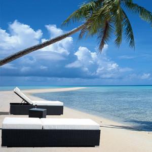 Outdoor Patio Wicker Furniture Pool Lounge All Weather 3-Piece New Resin Garden Recliner Set