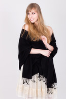 The superb look and feel of this black pashmina will make you feel sensuous and stylish at the same time.