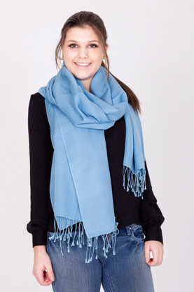 This light blue Pashmina is a versatile look that compliments any outfit, whether it is for an evening out or a more casual look when paired with your favorite jeans.