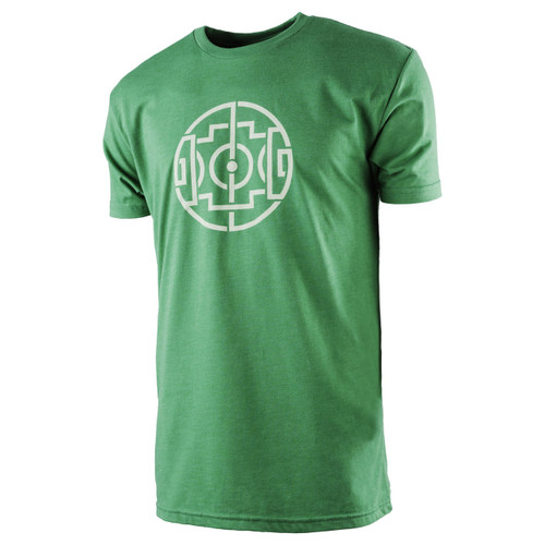 The18's MenÌ´Ì_ÌÎ̴̝åÈs Celtic Field T-Shirt in Green.