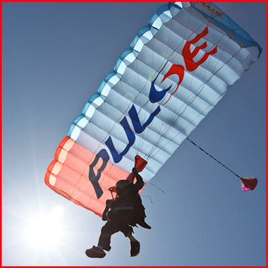 Performance Designs Pulse & Performance Designs Spectre Parachute for Skying
