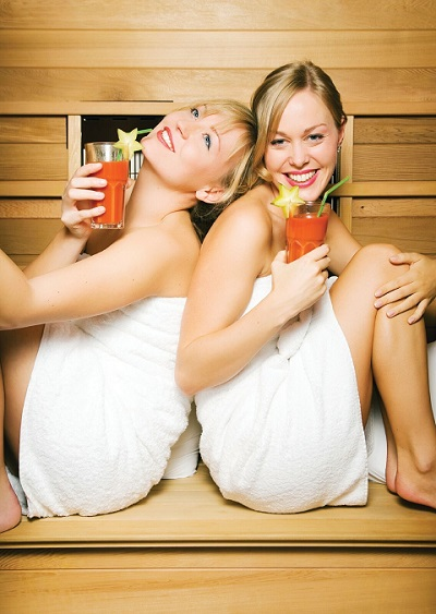 While Avoiding Unhealthy Foods, Add a Sauna to Your Detoxification Routine