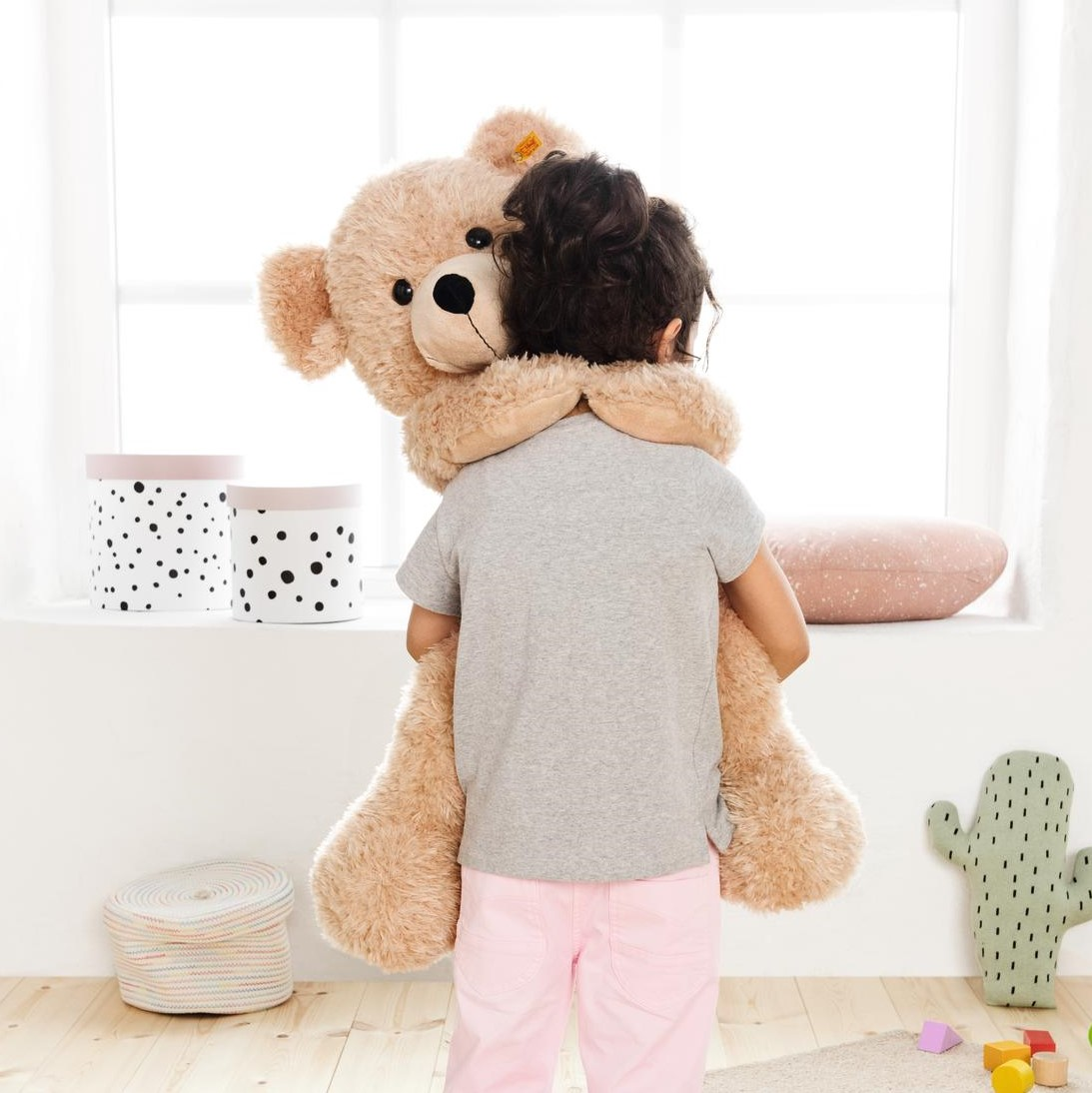 111389-steiff-teddy-bears-for-kids.jpg