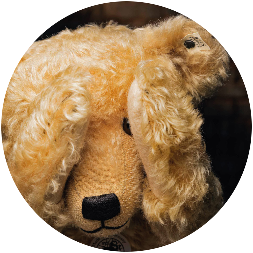 190403-steiff-teddy-bears.png