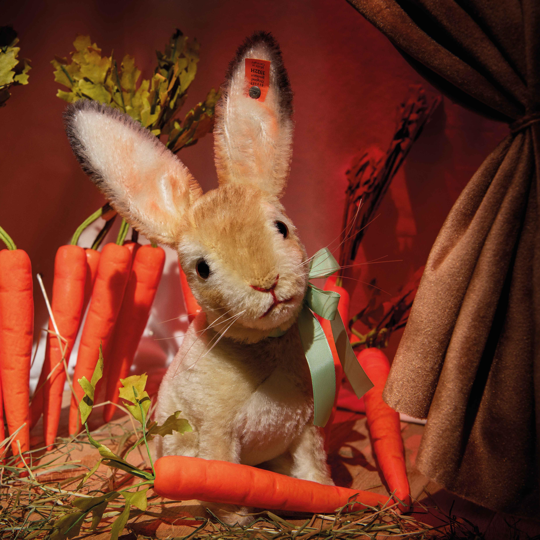 replica-rabbit-crop.jpg