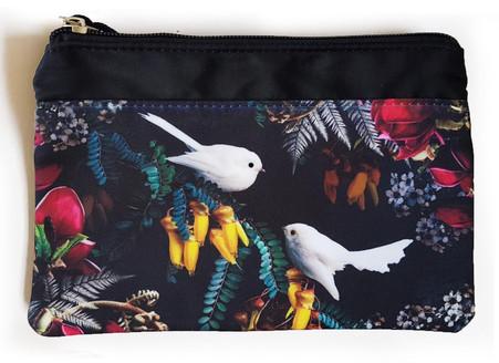 Midnight Serenade - white fantail purse