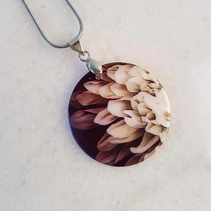 Chrysanthemum Flower pendant necklace