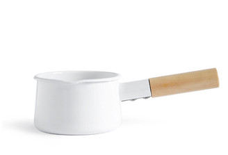 KAICO ENAMEL MILK PAN designed by Makoto Koizumi