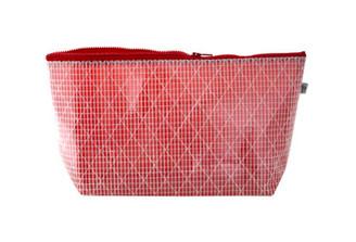 Passad Bag Large (röd) by Wind in Mind