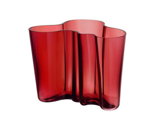 "Iittala Alvar Aalto Collection Vase 6.25"" Cranberry"