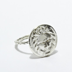 KIEL MEAD LION BUTTON RING SILVER