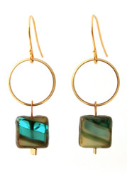 BRASS RING WITH GREEN/SAND GLASS EARRINGS