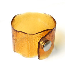 RESIN CUFF WITH SNAP BRACELET (AMBER)