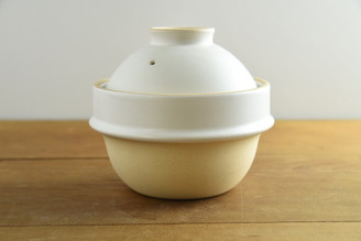 """(1cup/180ml/6oz) Rice Cooker Donabe White 5. ½""""D x 5""""H (with the lid)"""