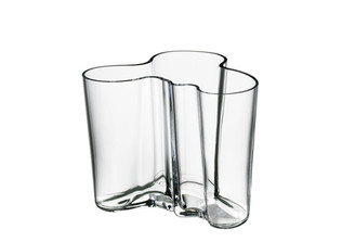 "Iittala Alvar Aalto Collection Vase (4.75""), Clear"