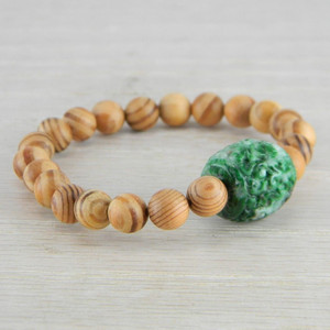 Hand Carved Green Vintage Antique Jadeite Jade Wooden Bead Bracelet FN-B124