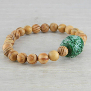 Hand Carved Green Vintage Antique Jadeite Jade Wooden Bead Bracelet FN-B127