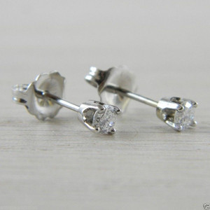 Diamond Butterfly Back 0.20 tcw. Eye Clean Carat Stud Studs Earrings