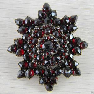 Vermeil * Star * Mourning Pin * Victorian Bohemian Garnet Brooch Pendant