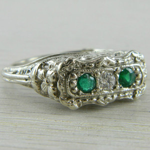 14K White Gold Emerald and Diamond 3 Stone Filigree Art Deco Ring