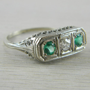 14K White Gold 3 Stone Emerald and Diamond Filigree Art Deco Ring