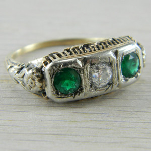 14K White Gold Art Deco Filigree Emerald And Diamond 3 Stone Ring