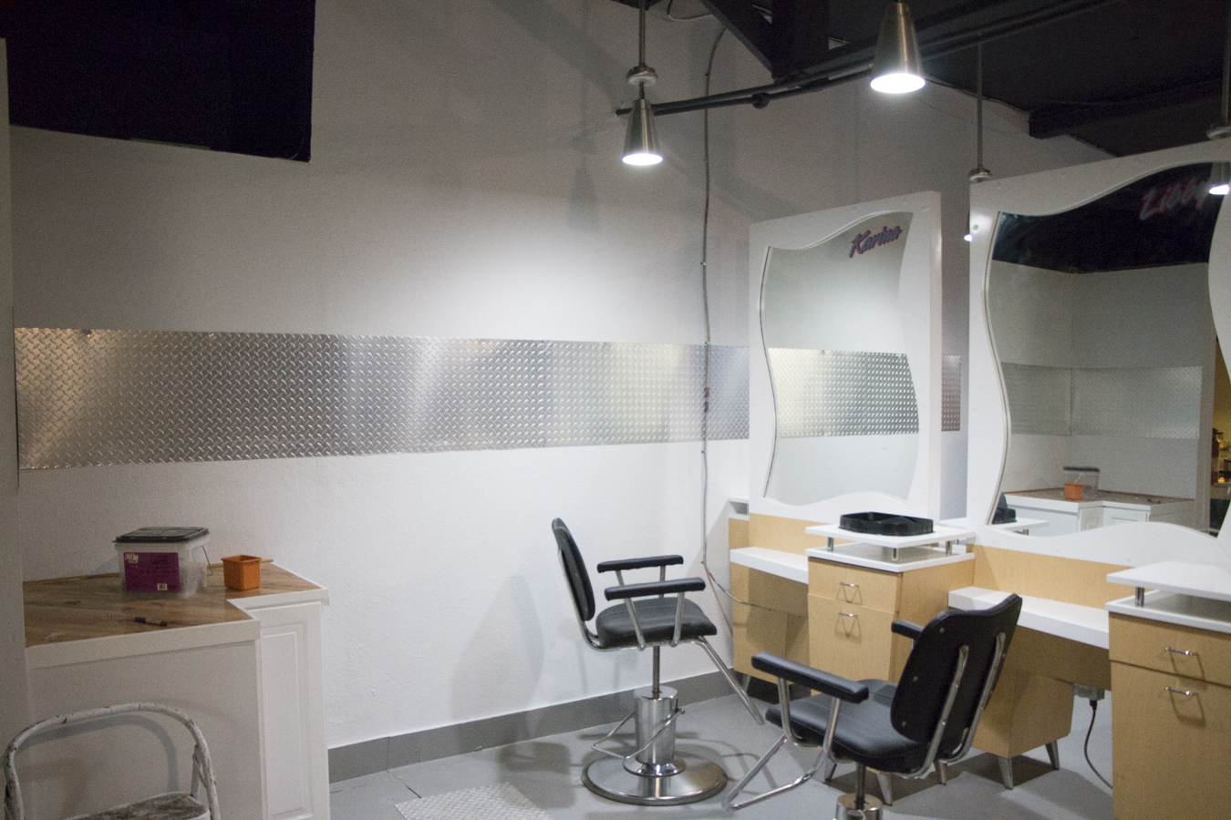 5 Uses For Aluminum Diamond Plate On Walls Cutsmetal Net