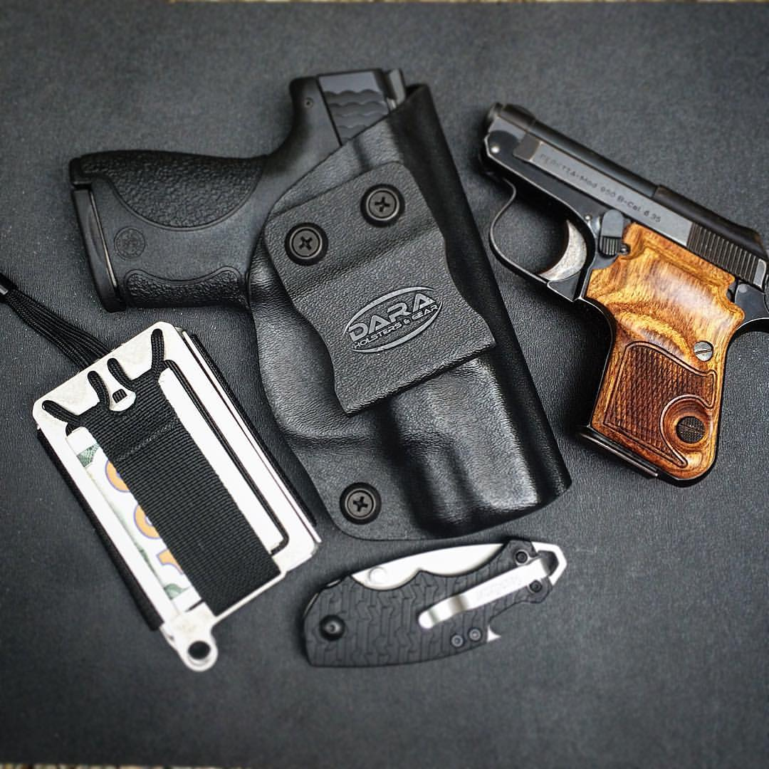 Product Review Trayvax Axis Wallet Dara Holsters Amp Gear