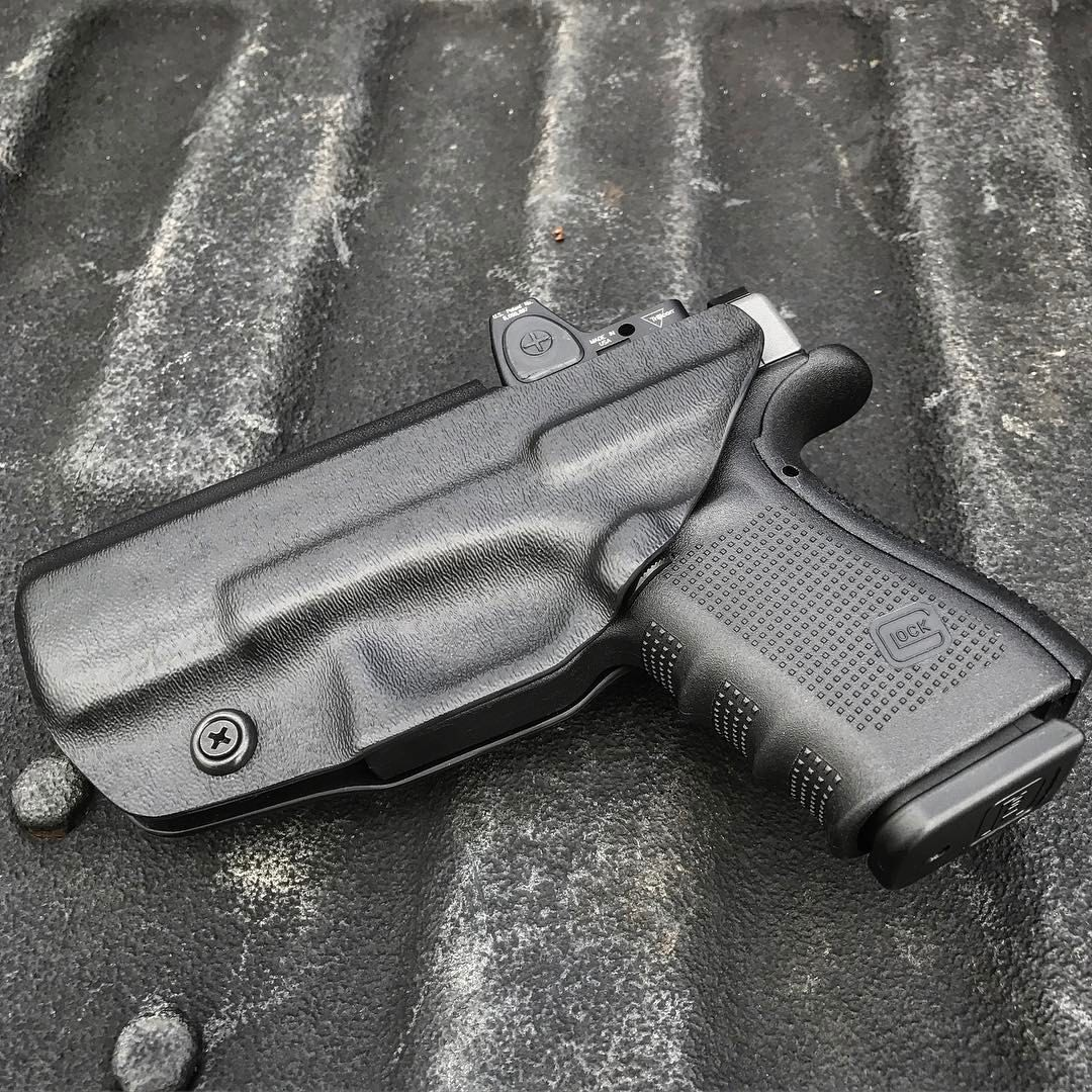 Glock 19 gen 4 RMR cut OWB Holster