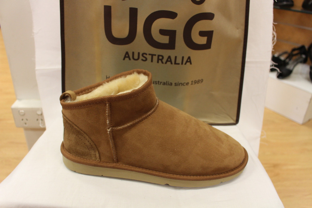 8938c71ea2c Jumbo Uggs Classic mini ankle boot sheepskin