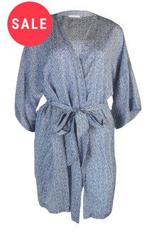 Ex M-S Ladies Wrap - WAS £4.95   NOW £3.00