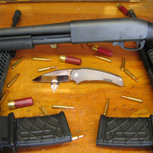 Medford Knife & Tool Vyper, D2 Vulcan Finish Blade, Flame Finished/High Polished Titanium Handles 2